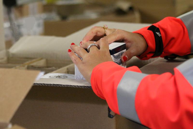 logistique-des-vins-preparation-carton